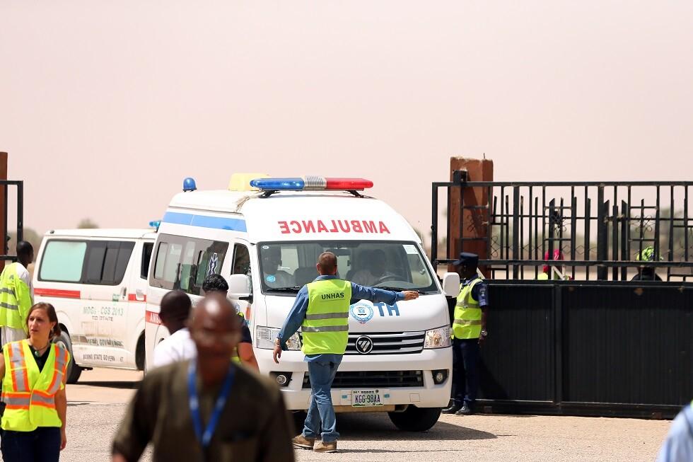 مئات الحجاج ينجون من الموت جراء حادث طائرة في مطار نيجيري (صورة)