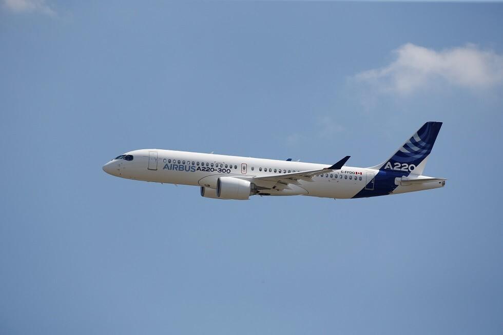 مصر تستلم أول طائرة