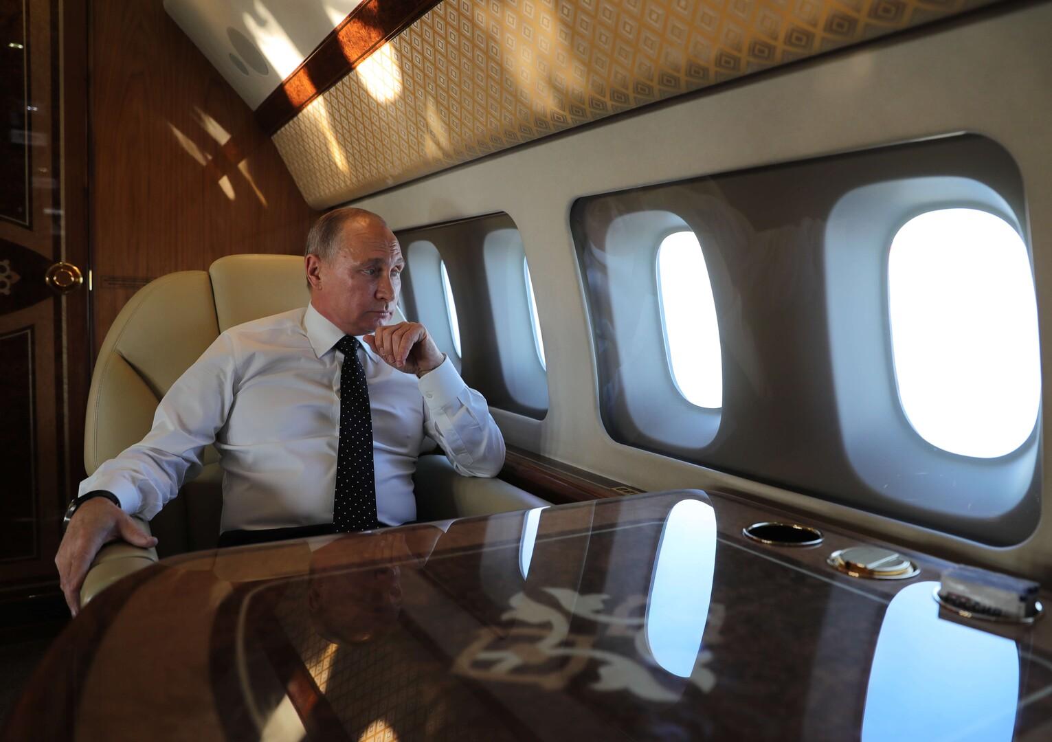 الطيار السابق للرئيس الروسي يكشف عن حادث خطير حصل خلال رحلة لبوتين