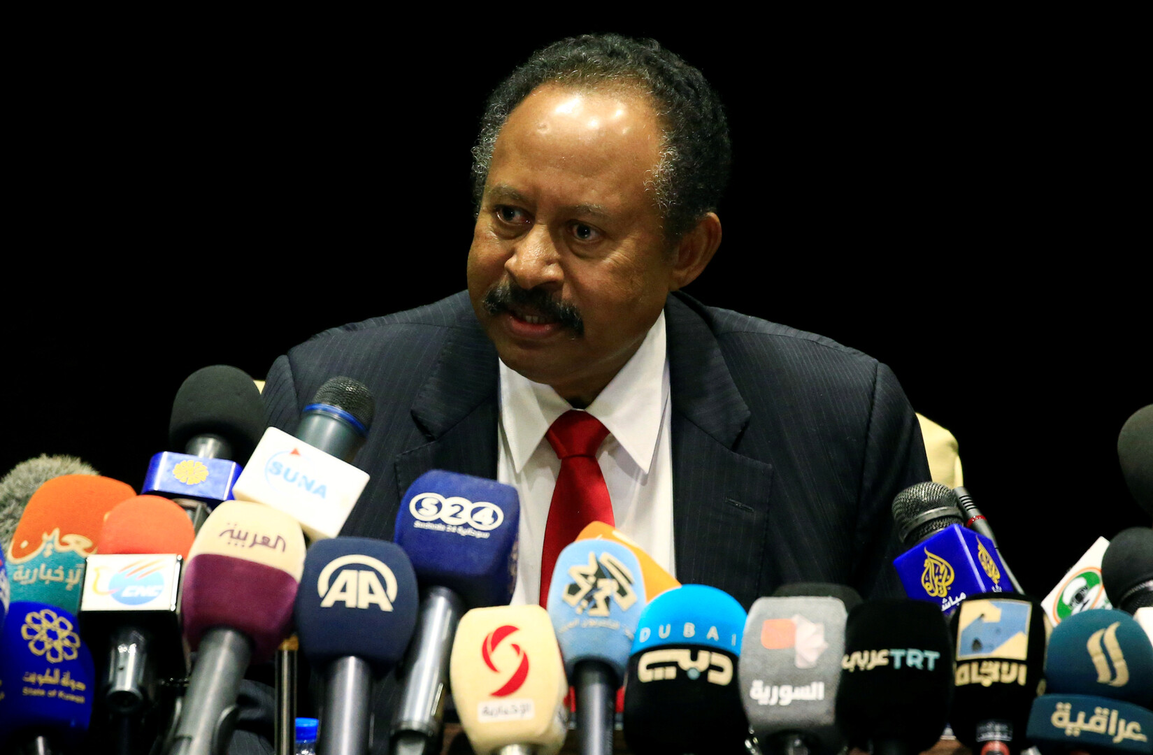 حمدوك يستقبل وزير الخارجية المصري في الخرطوم