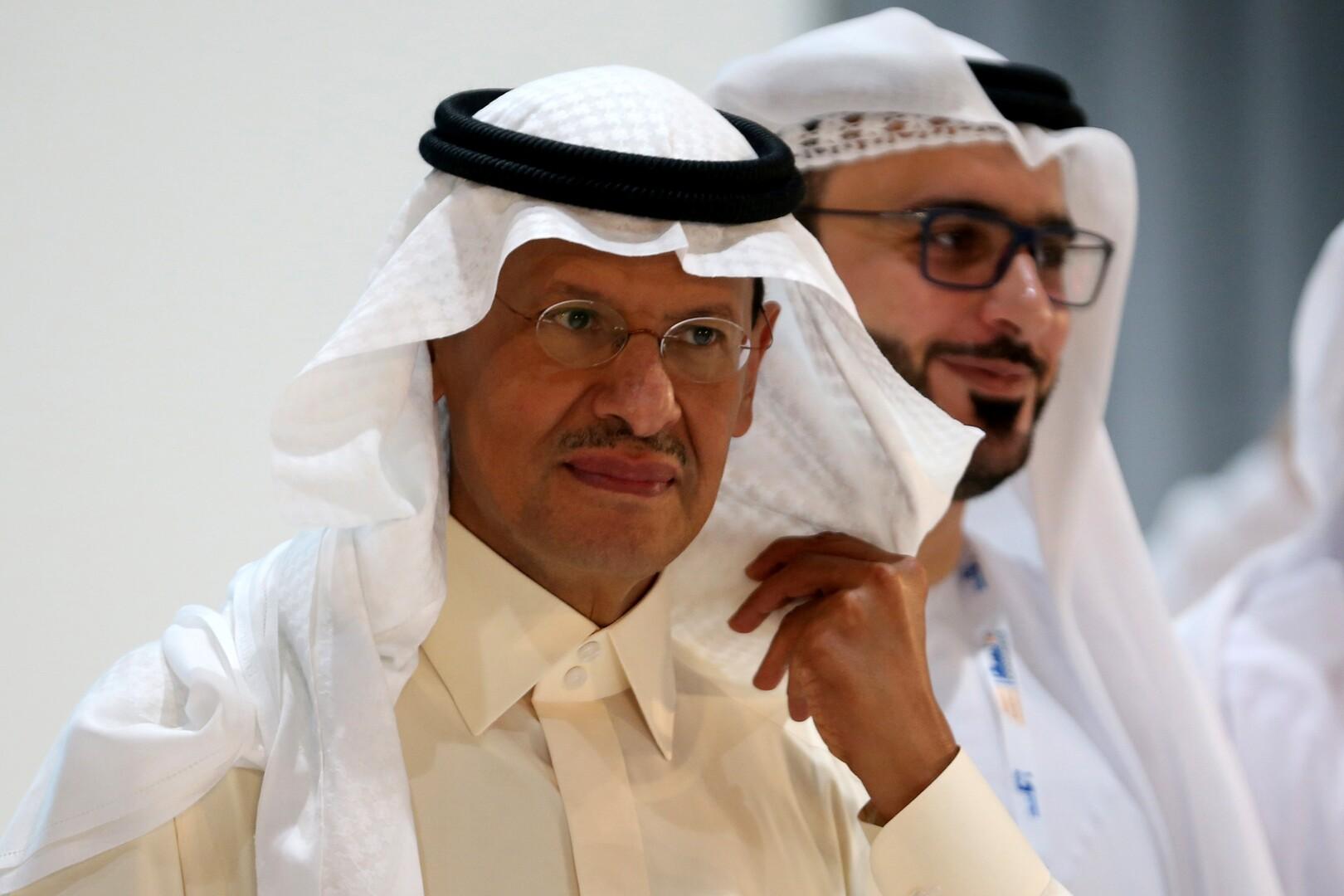 وزير الطاقة الإماراتي يهنئ نظيره السعودي بمنصبه الجديد