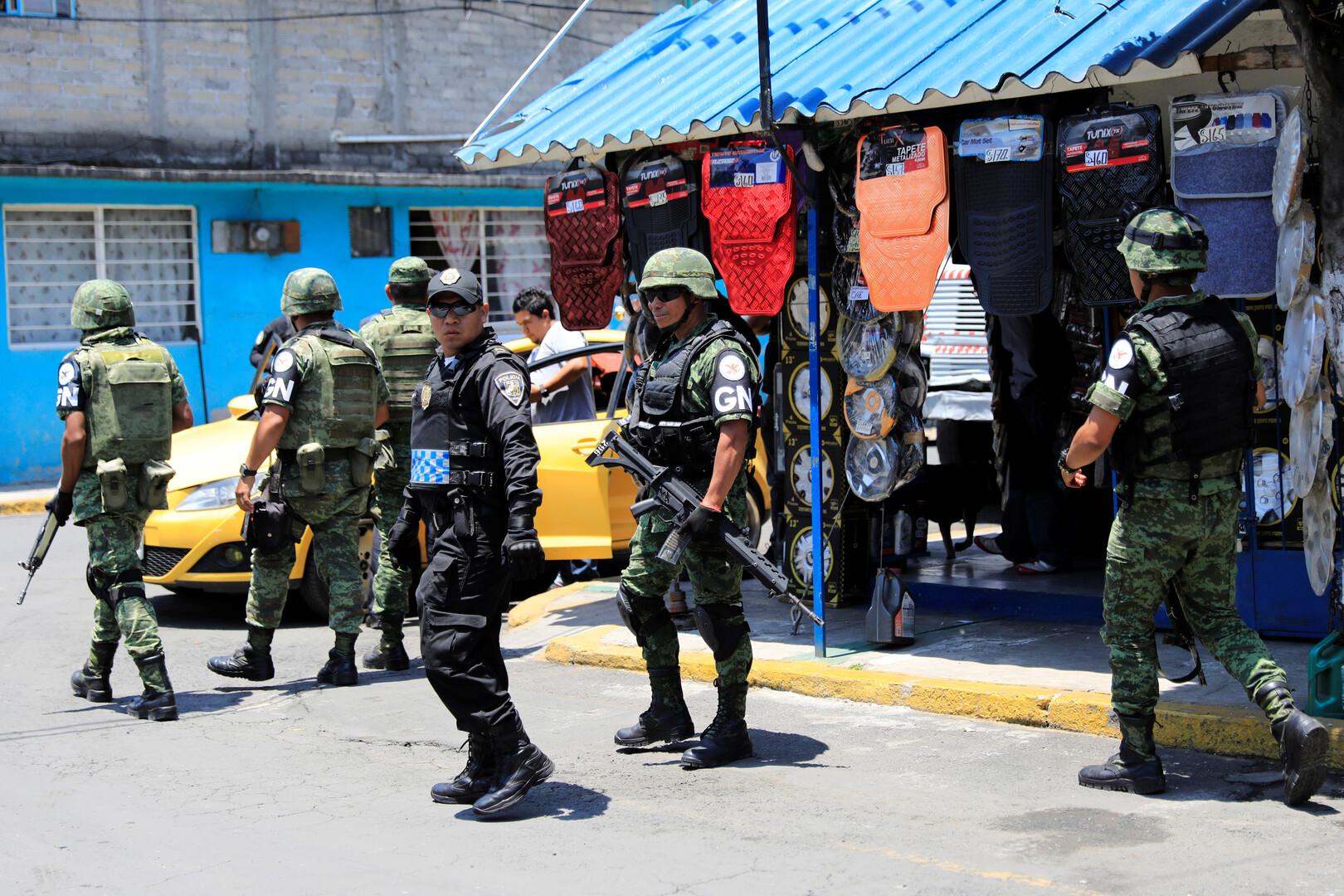 المكسيك تريد الحد من سيل تهريب الأسلحة الأمريكية إلى أراضيها