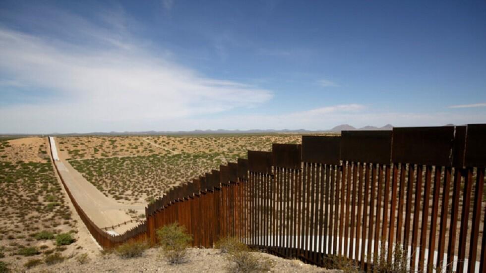 البنتاغون يكشف عن إبقاء 5500 جندي على الحدود مع المكسيك