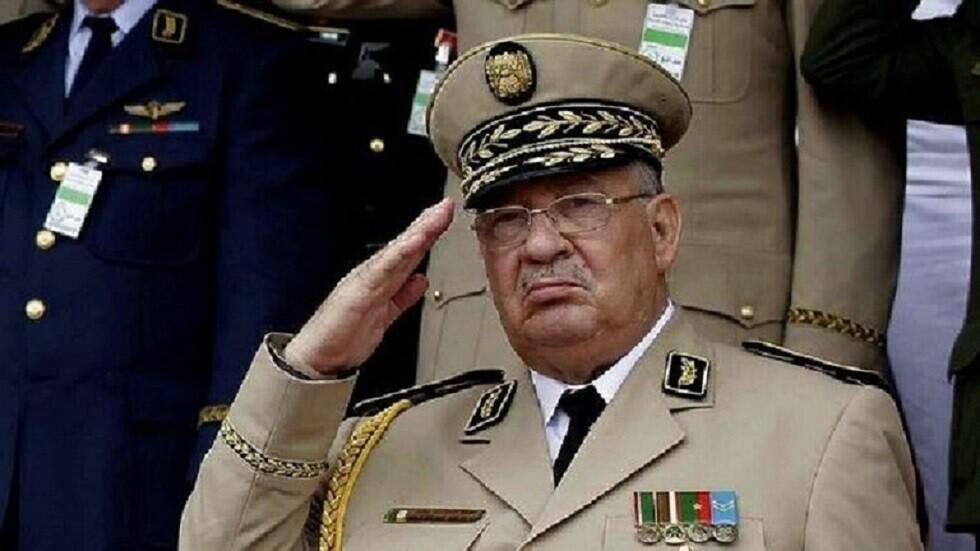 قائد الجيش الجزائري يؤكد أن الانتخابات ستجرى في موعدها