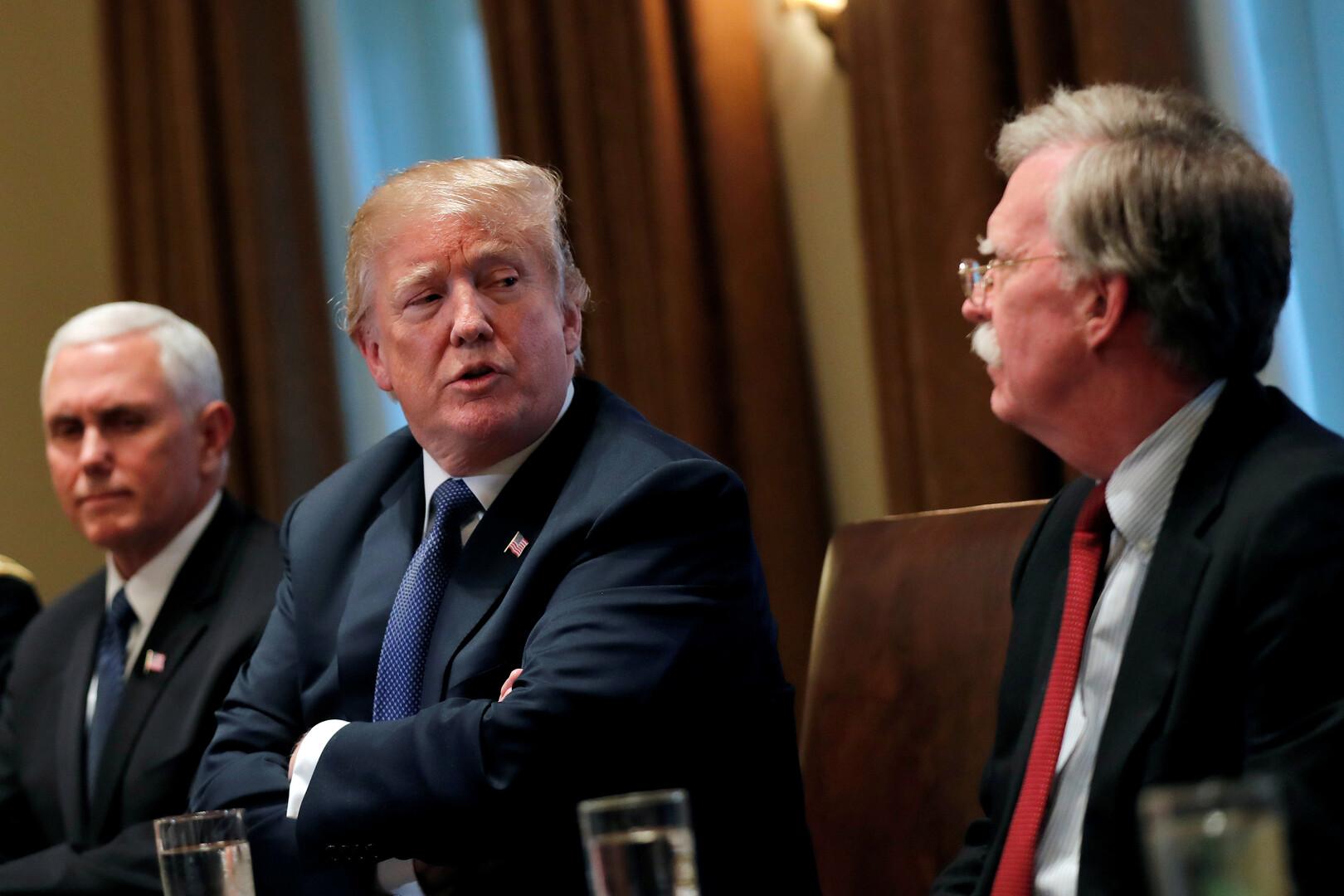 ترامب لا يستبعد تخفيف العقوبات ضد إيران