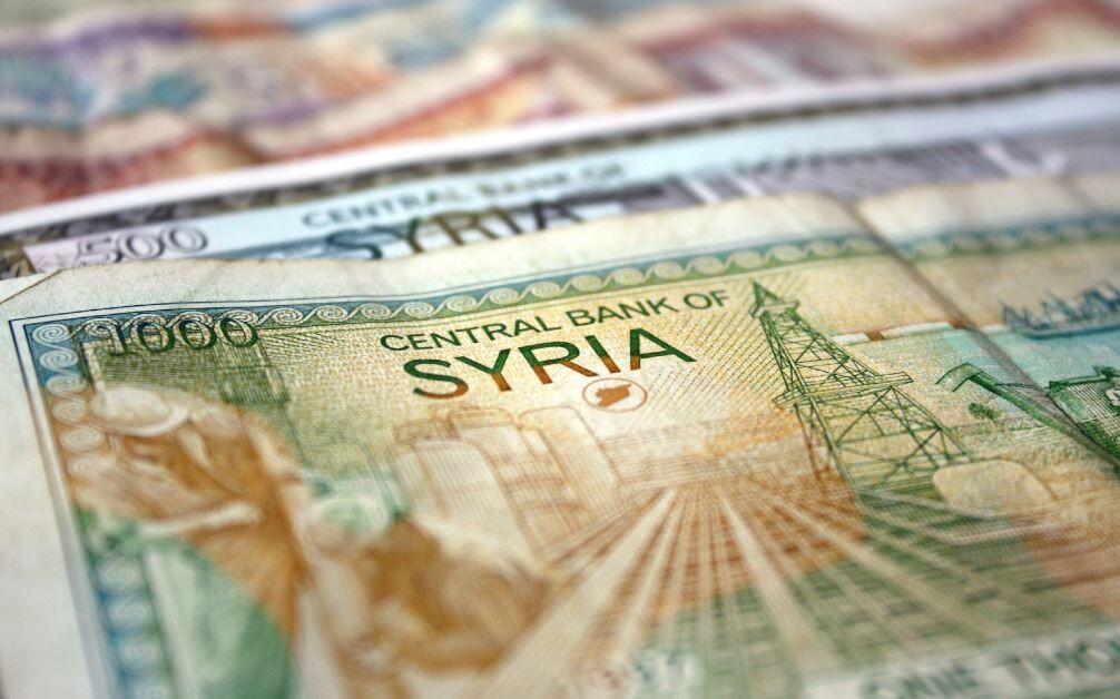 بسرعة الانخفاض ذاتها .. الليرة السورية ترتفع.. لماذا؟