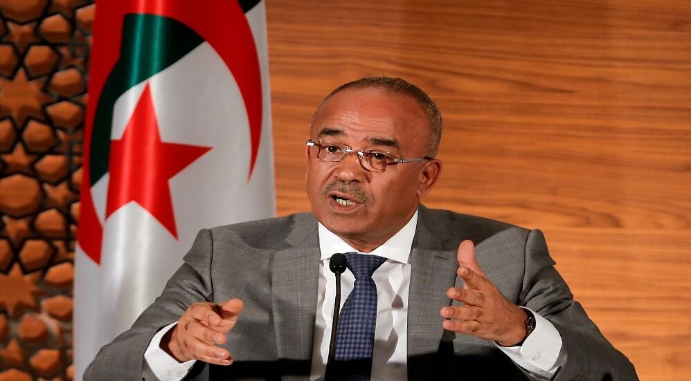 الجزائر تتخذ قرارا يلغي شرط الشريك الجزائري للمستثمر الأجنبي