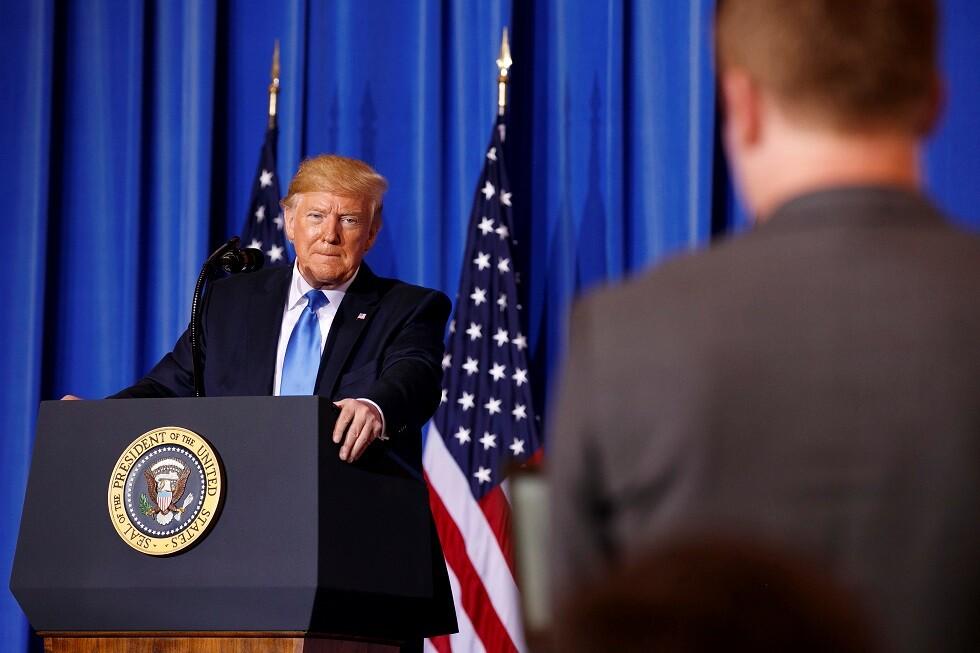 تقرير أمريكي: توقعات بموافقة ترامب على تخفيف الضغط على إيران