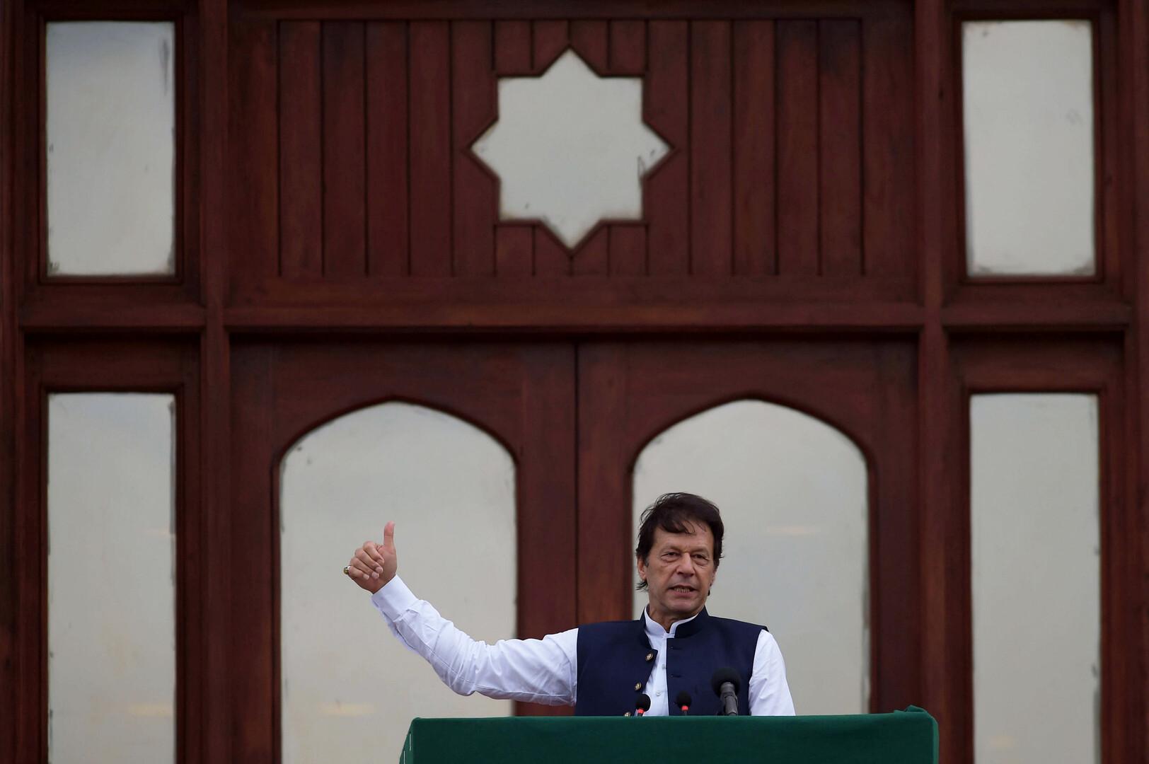 خان يحذر الهند من تحفيز التطرف الإسلامي في العالم