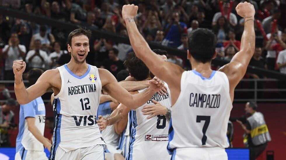الأرجنتين تقصي فرنسا وتتأهل لنهائي مونديال السلة (فيديو)