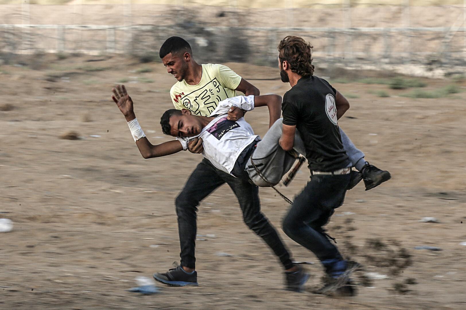 الصحة الفلسطينية: 55 إصابة بجراح مختلفة خلال مسيرات العودة شرقي قطاع غزة