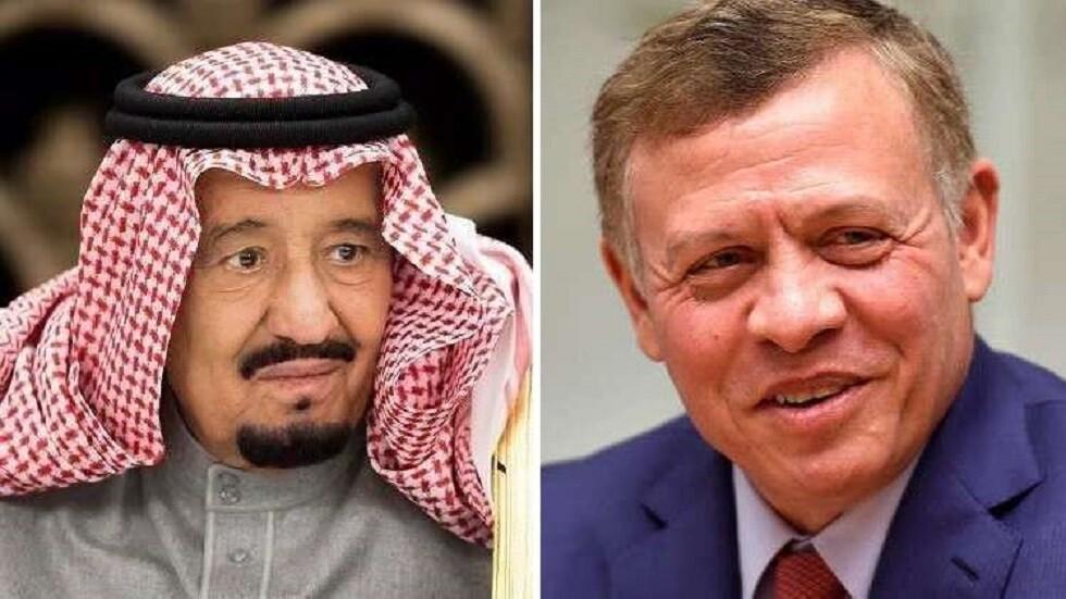 الملك الأردني في اتصال مع نظيره السعودي يدين