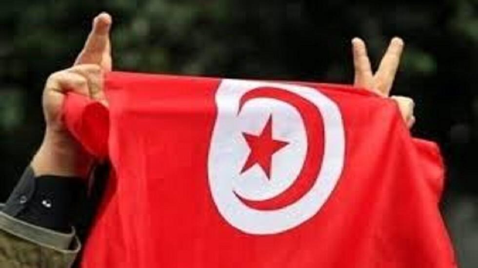 التونسيون ينتخبون رئيسا.. والأنظار على جولة ثانية!