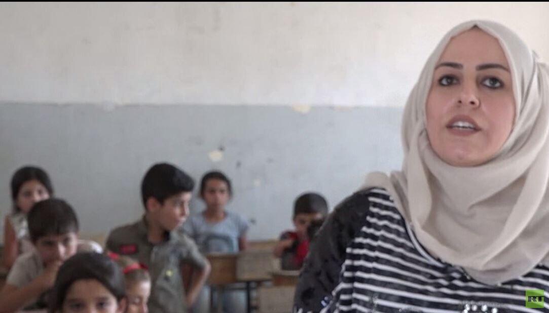 منهاجان في المدارس شمال شرق سوريا