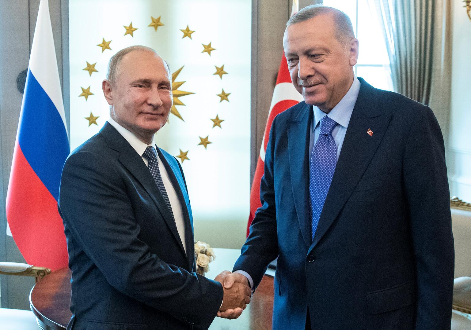 بوتين: التوافق على تشكيلة اللجنة الدستورية السورية