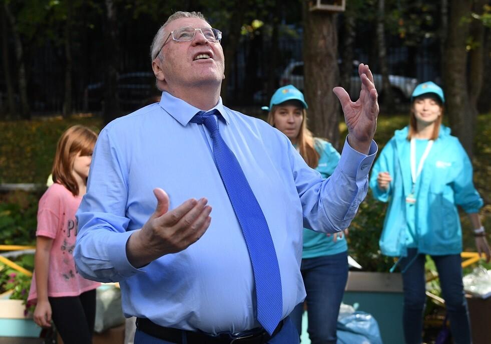 سياسي روسي كبير يستعين بالسحرة لطرد الأرواح الشريرة من جسده