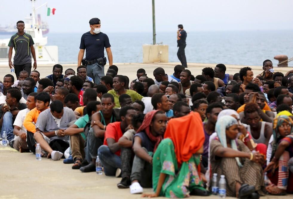 السلطات الإيطالية تعتقل 3 أشخاص بتهمة تعذيب مهاجرين في ليبيا
