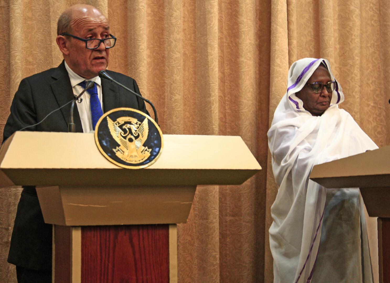 لودريان من الخرطوم: ندعم جهود إعادة انخراط السودان في المجتمع الدولي