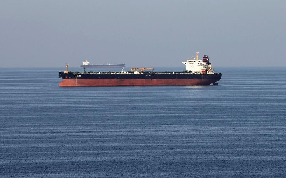ناقلات النفط تتكدس في موانئ السعودية بعد هجوم