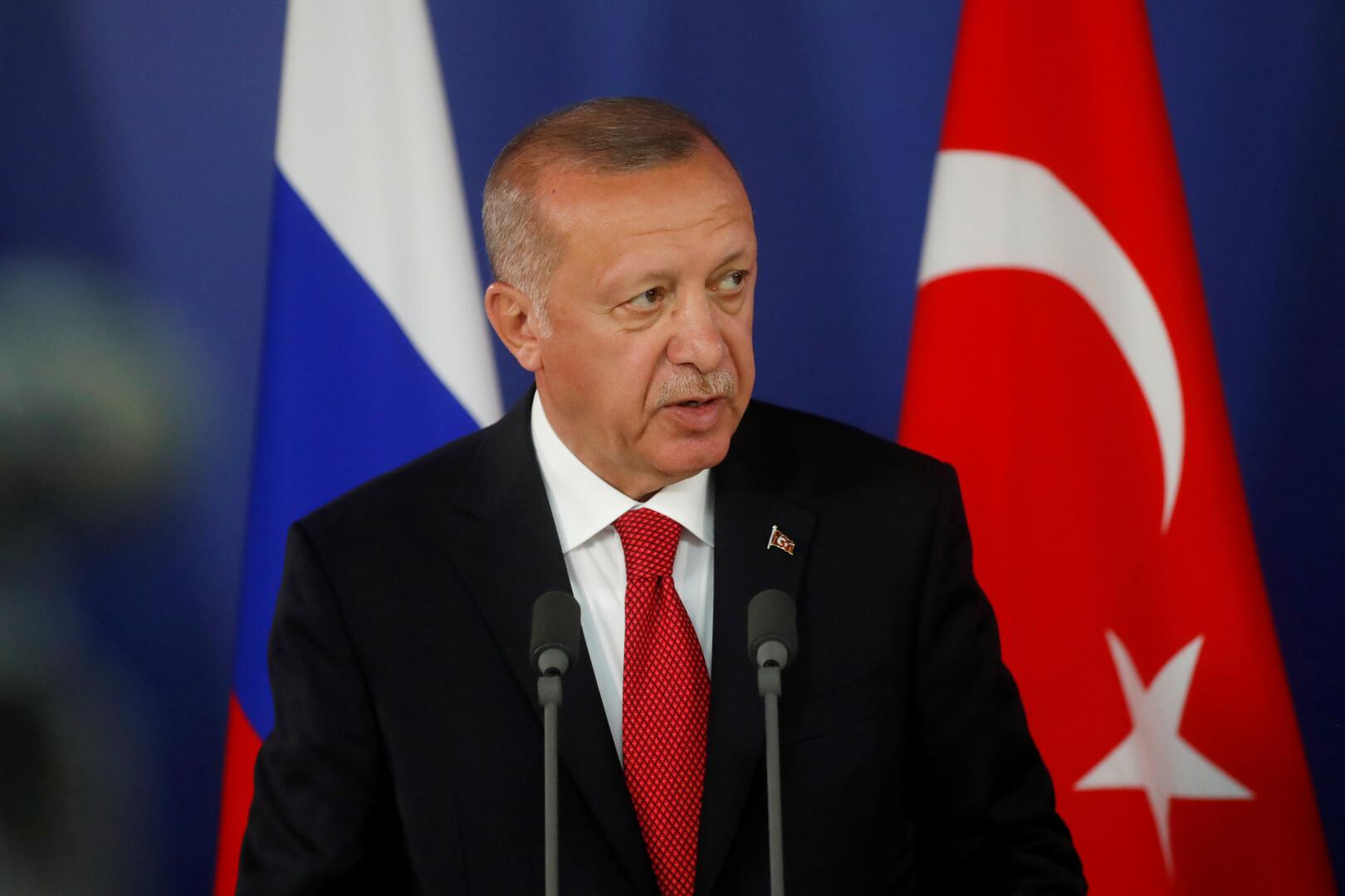 أردوغان يهدد بعملية في سوريا إن لم يتوصل إلى نتيجة بشأن المنطقة الآمنة خلال أسبوعين