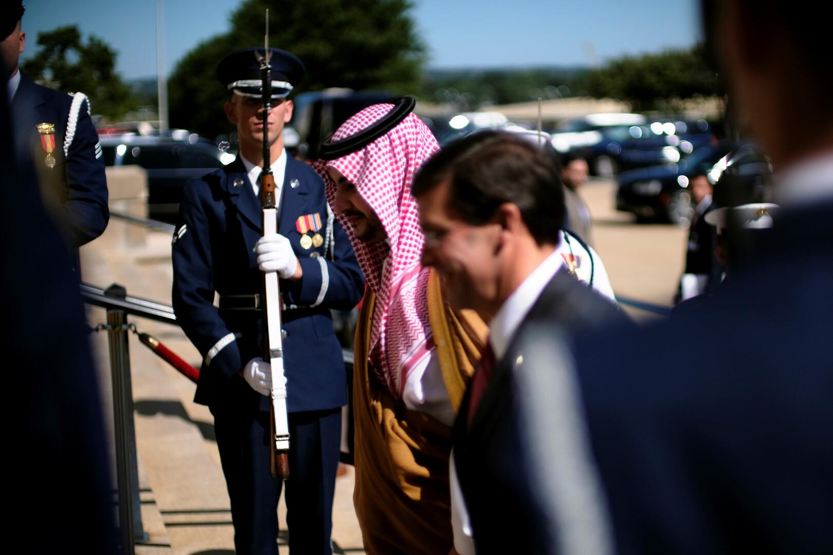 خالد بن سلمان: نقف مع إدارة ترامب في وجه قوى الشر