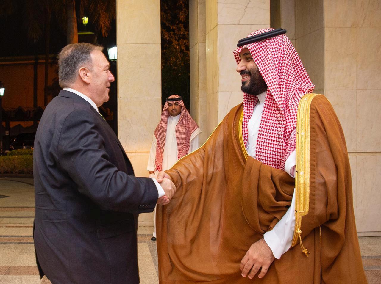 ولي العهد السعودي الأمير محمد بن سلمان يستقبل وزير الخارجية الأمريكي مايك بومبيو