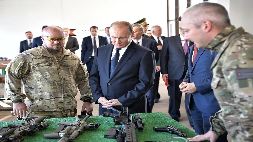 افتتاح منتدى صناع الأسلحة الروسية في مدينة إيجيفسك