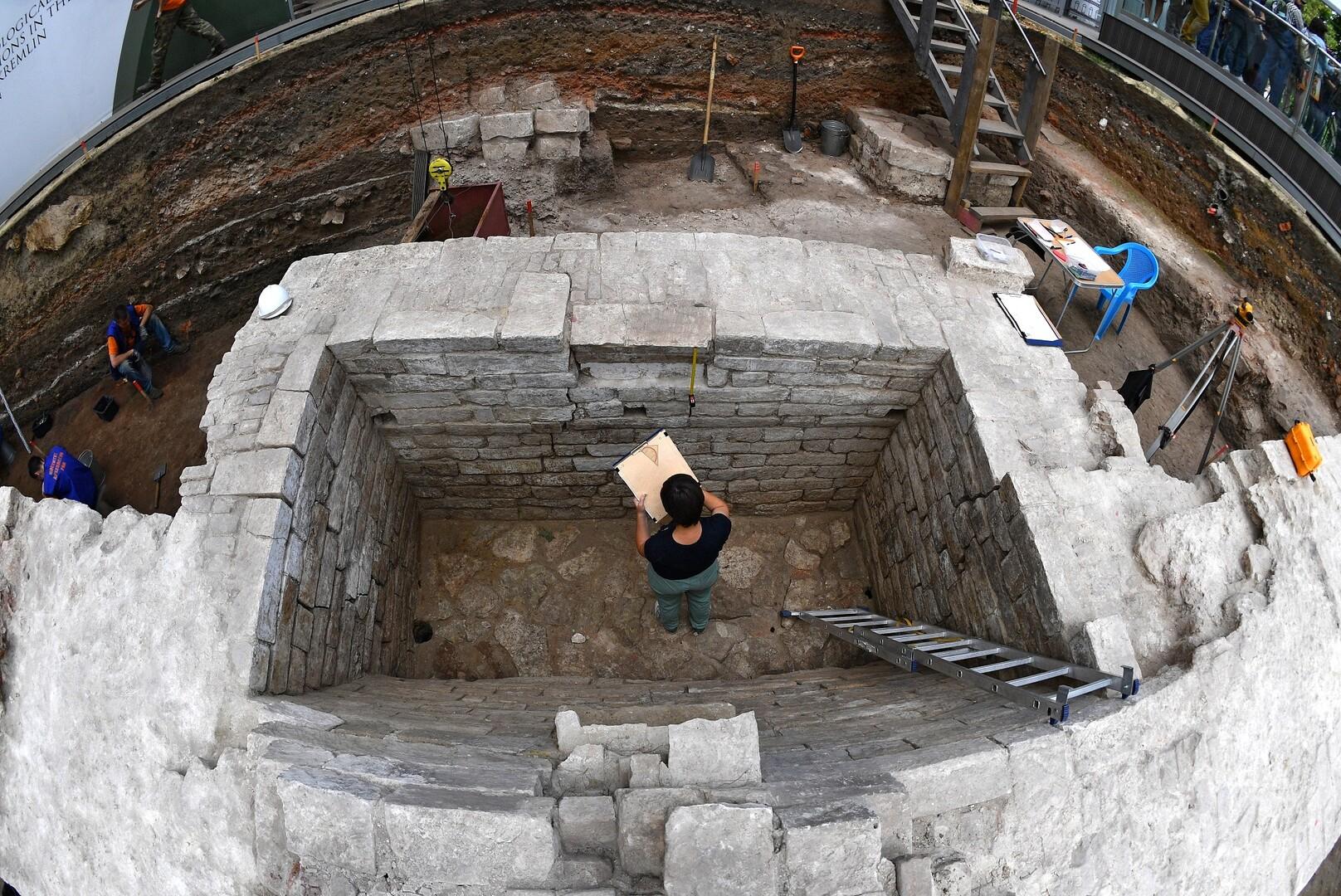 اكتشاف قبر أثري وسط موسكو