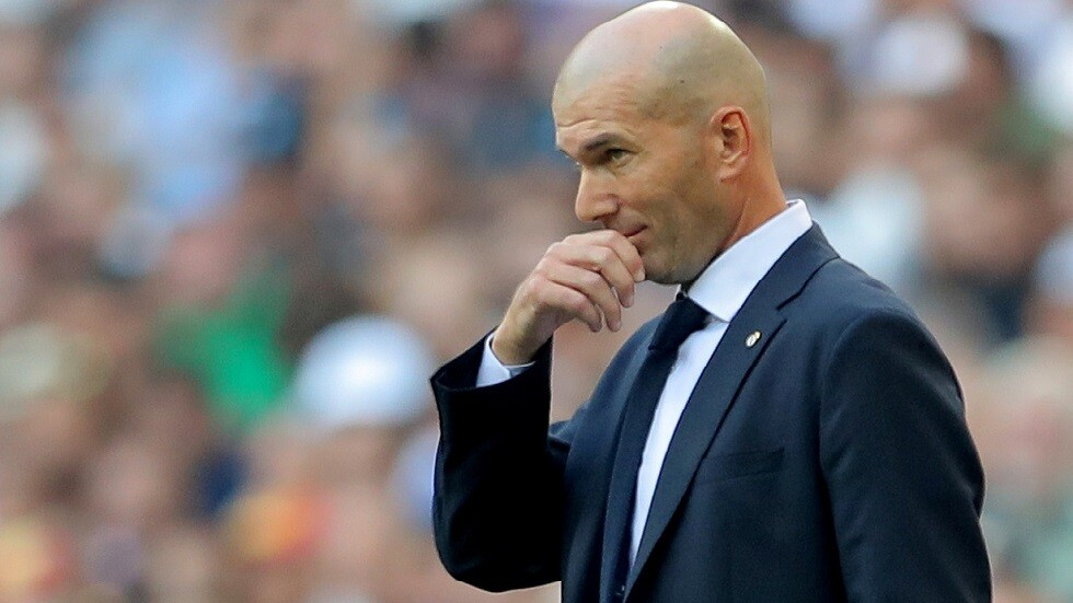 """نتيجة بحث الصور عن جماهير ريال مدريد تطالب بإقالة """"المحتال"""" زيدان"""