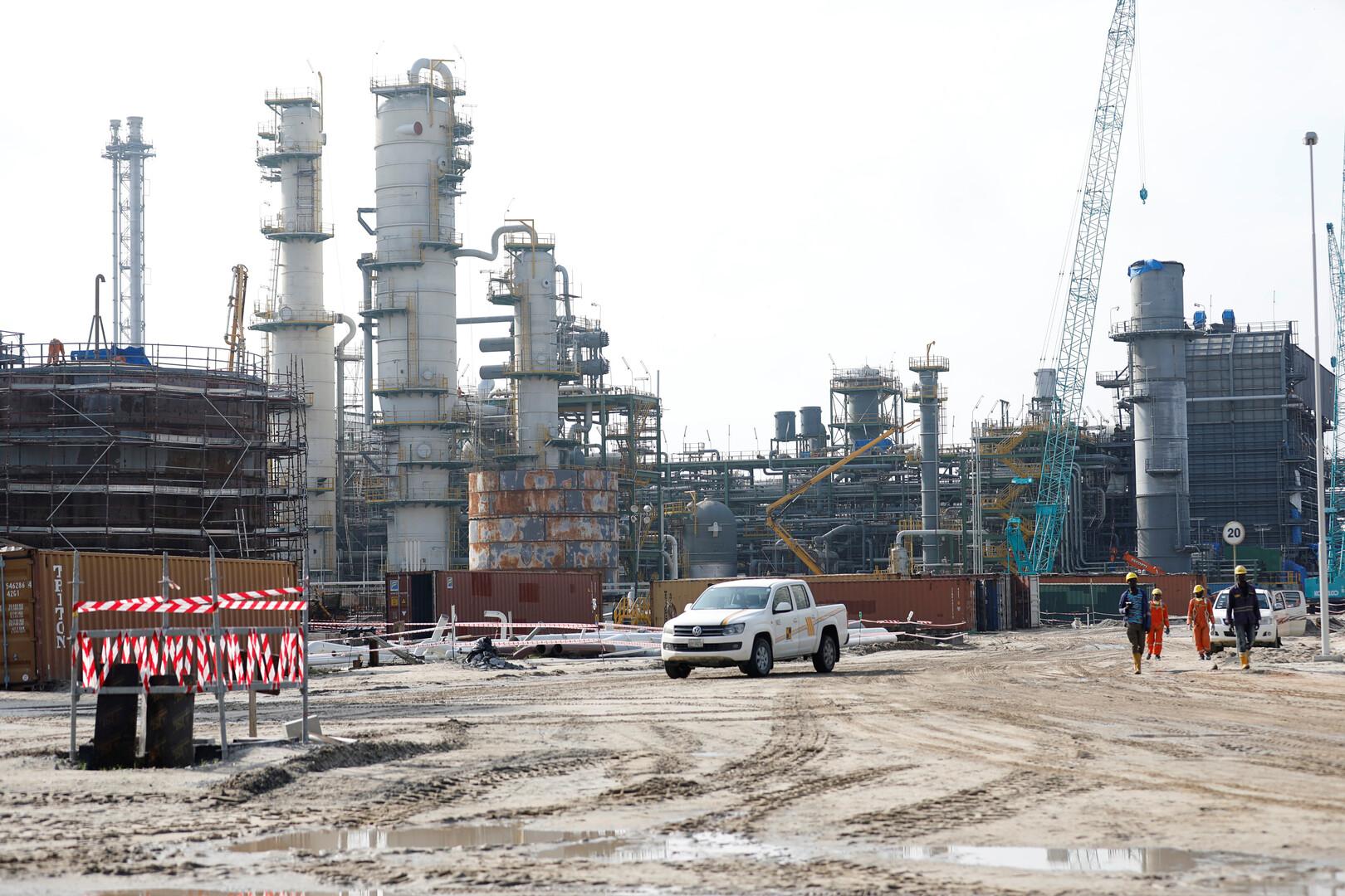 نتيجة بحث الصور عن السرقة والتخريب تكبد نيجيريا خسائر فادحة في قطاع النفط
