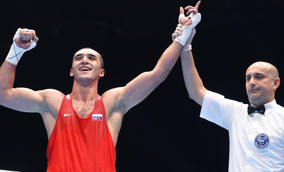 ثلاثة ملاكمين روس أبطالا للعالم في أوزانهم
