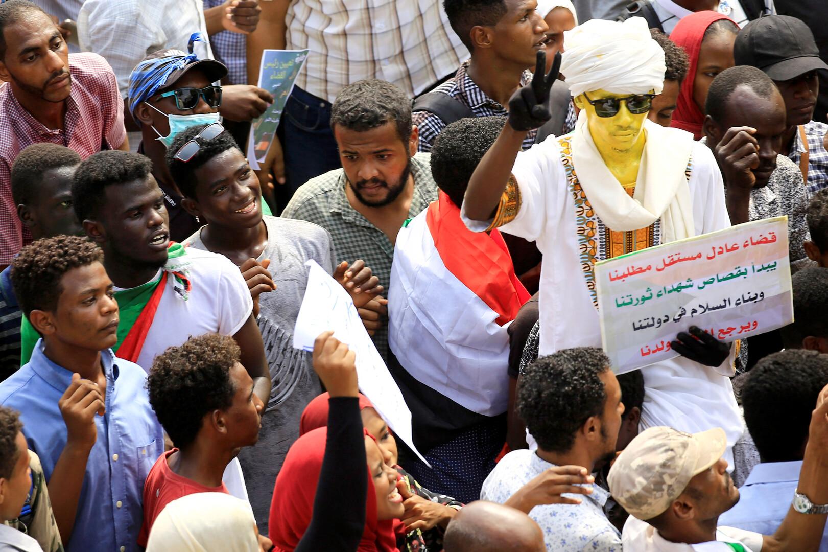تشكيل لجنة مستقلة للتحقيق بالانتهاكات أثناء احتجاجات السودان