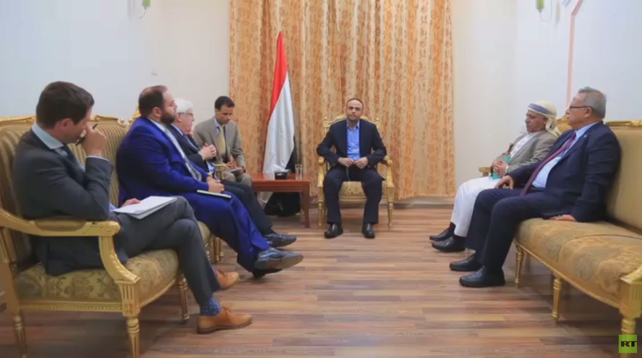 الحوثيون يتوعدون بضرب عمق السعودية