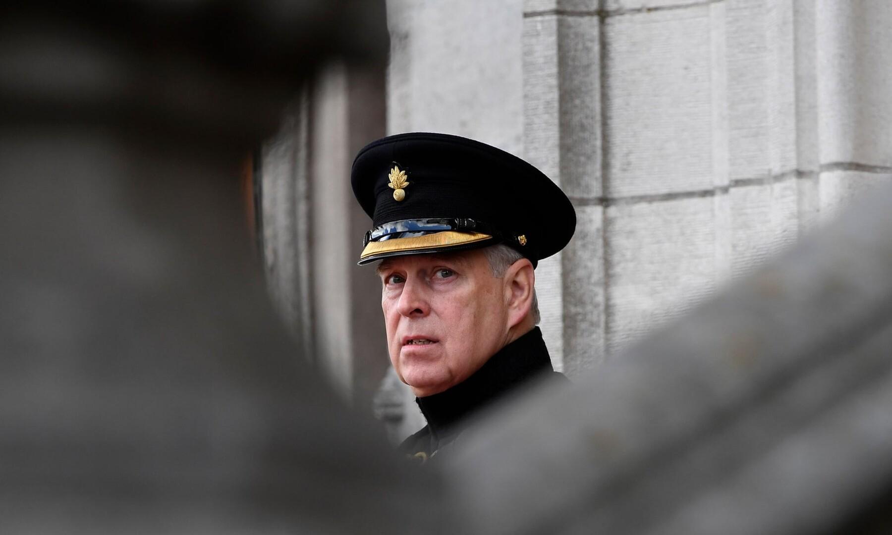 تايمز: الاستخبارات البريطانية تخشى من امتلاك روسيا أدلة على تورط الأمير أندرو في قضية إبشتاين!