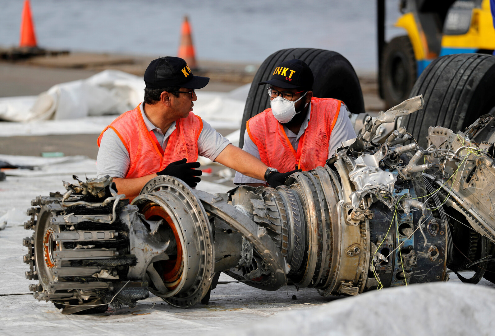 تقرير إندونيسي نهائي يكشف أسباب تحطم بوينغ