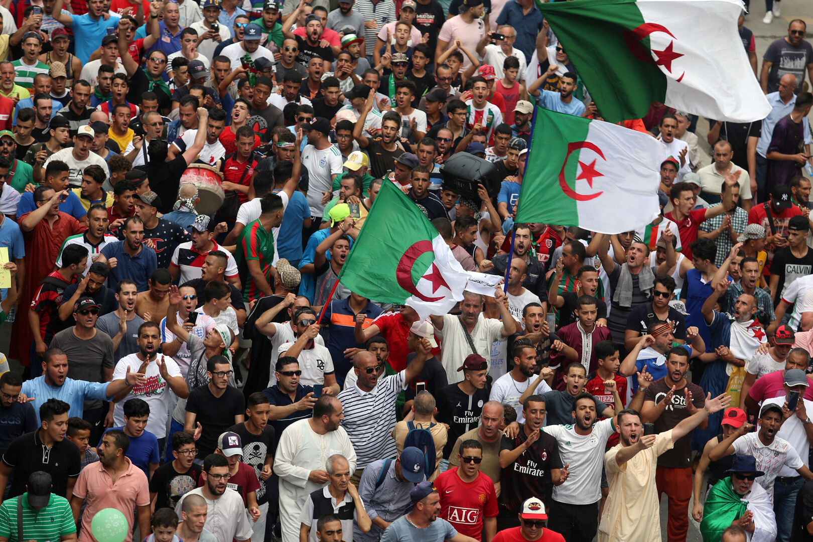 محاكمة تاريخية في الجزائر تطال شخصيات بارزة في عهد بوتفليقة