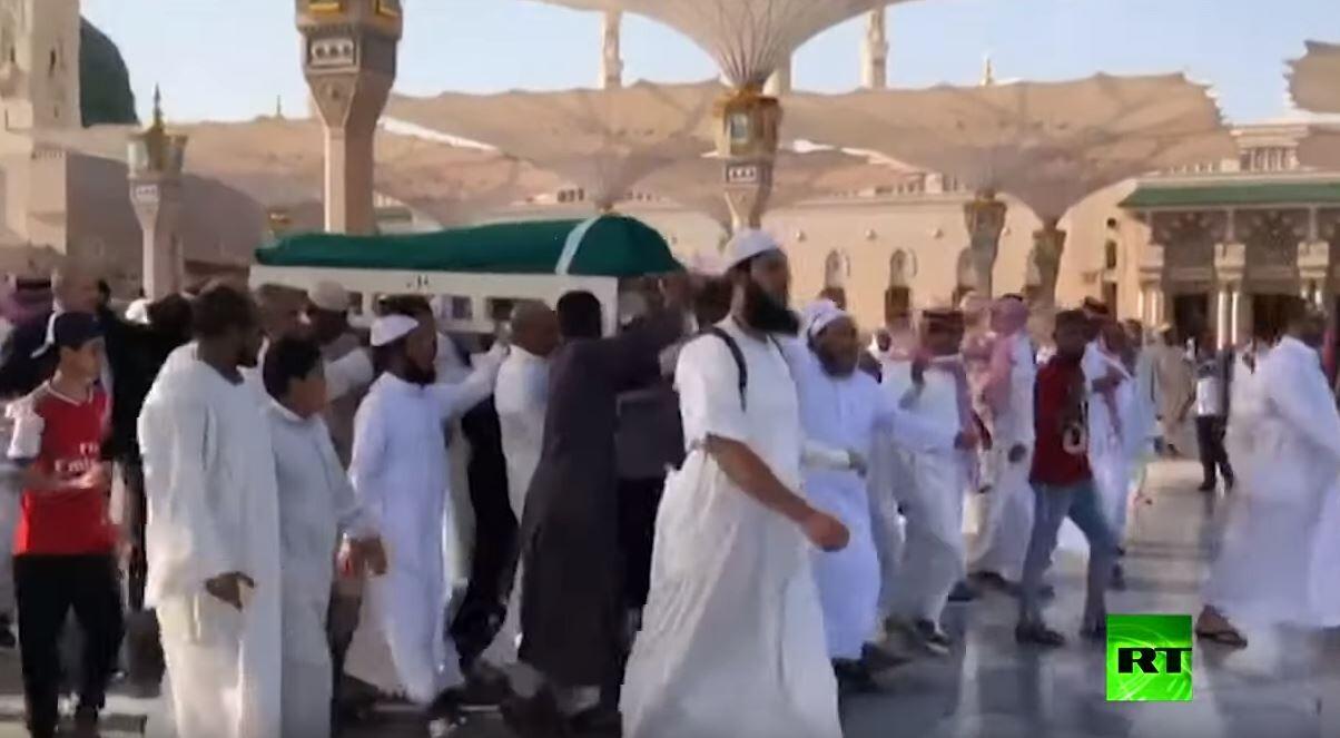 تشييع جثمان الرئيس التونسي السابق زين العابدين بن علي في المدينة المنورة