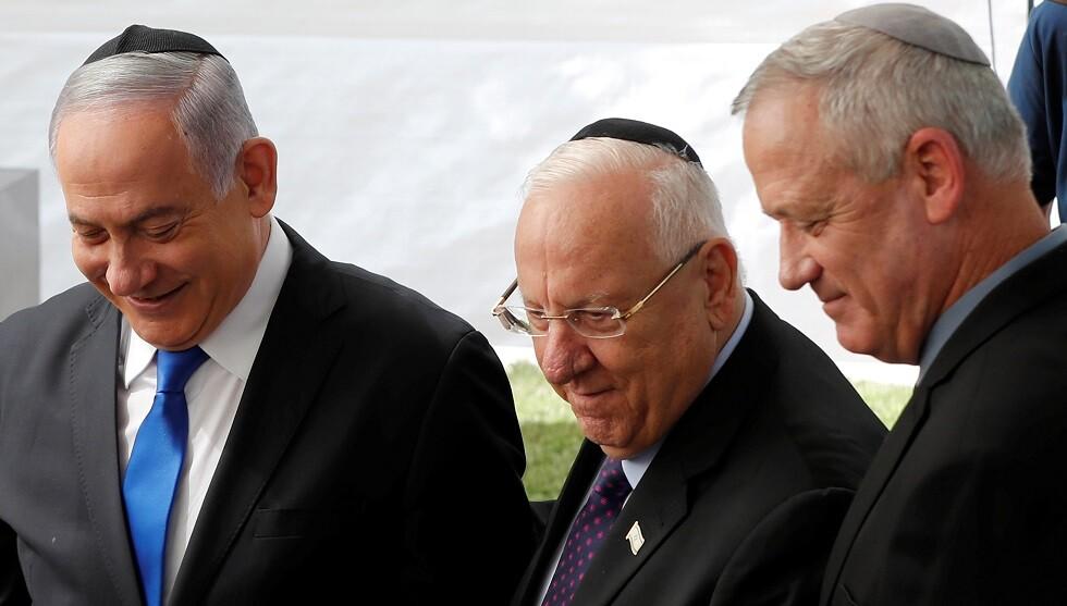نتنياهو وغانتس يتفقان على إطلاق المشاورات حول حكومة وحدة