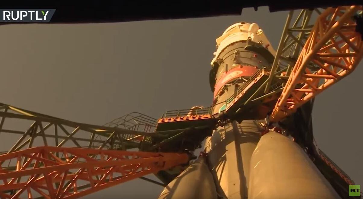 شاهد.. الصاروخ الذي سينطلق به الرائد الإماراتي إلى الفضاء