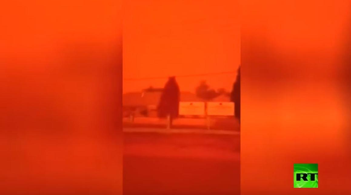 المريخ أم الجحيم؟ سماء إندونيسيا تتحول إلى اللون الأحمر
