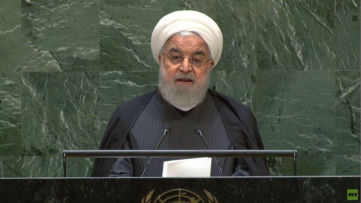 روحاني يدعو دول الخليج إلى الانضمام لـ