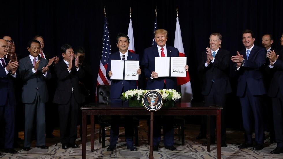 الولايات المتحدة واليابان تعقدان اتفاقا حول التجارة