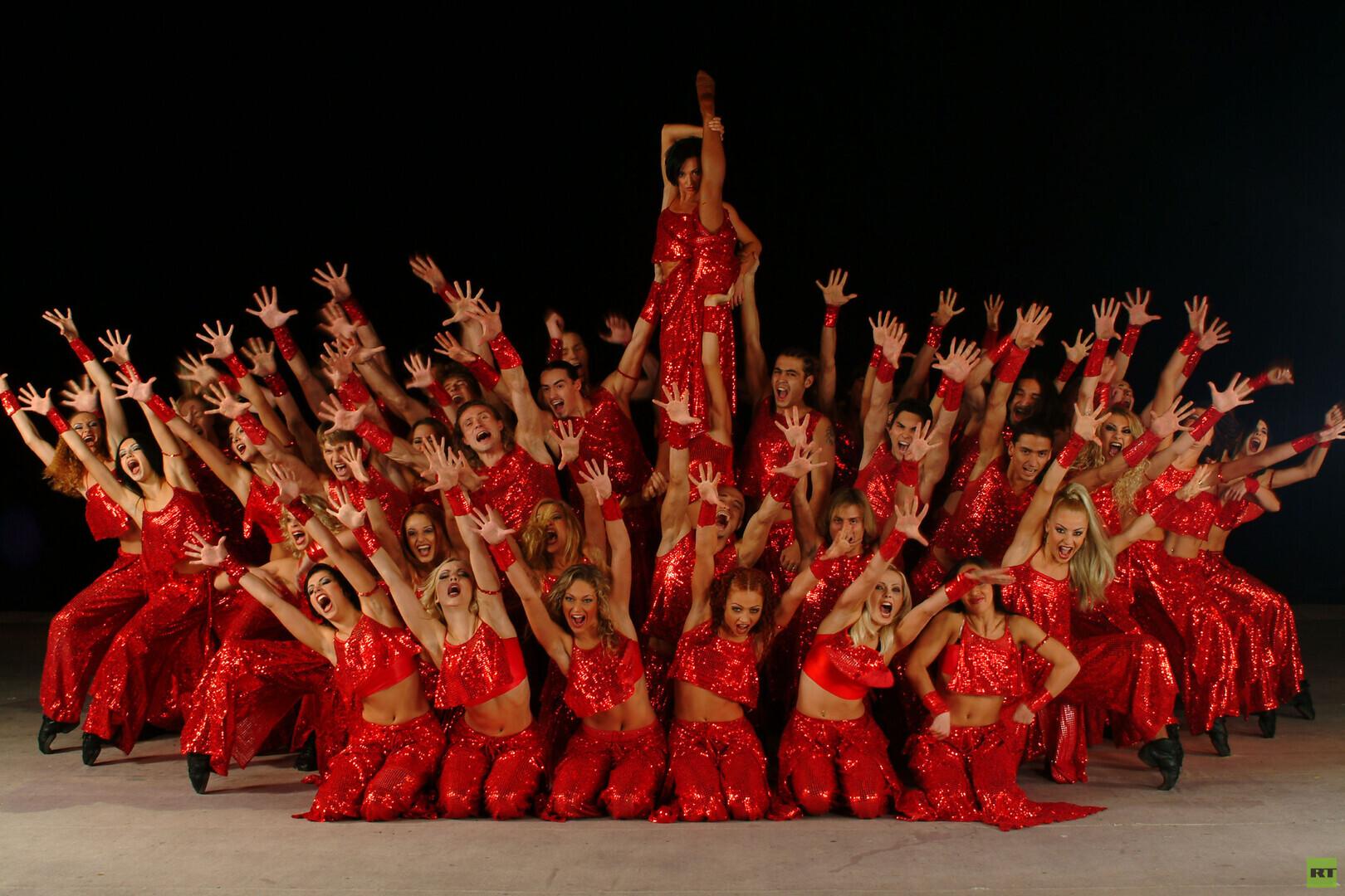 مدرسة رقص روسية تدخل كتاب