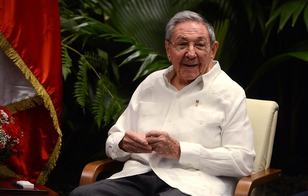 واشنطن تفرض عقوبات على راؤول كاسترو