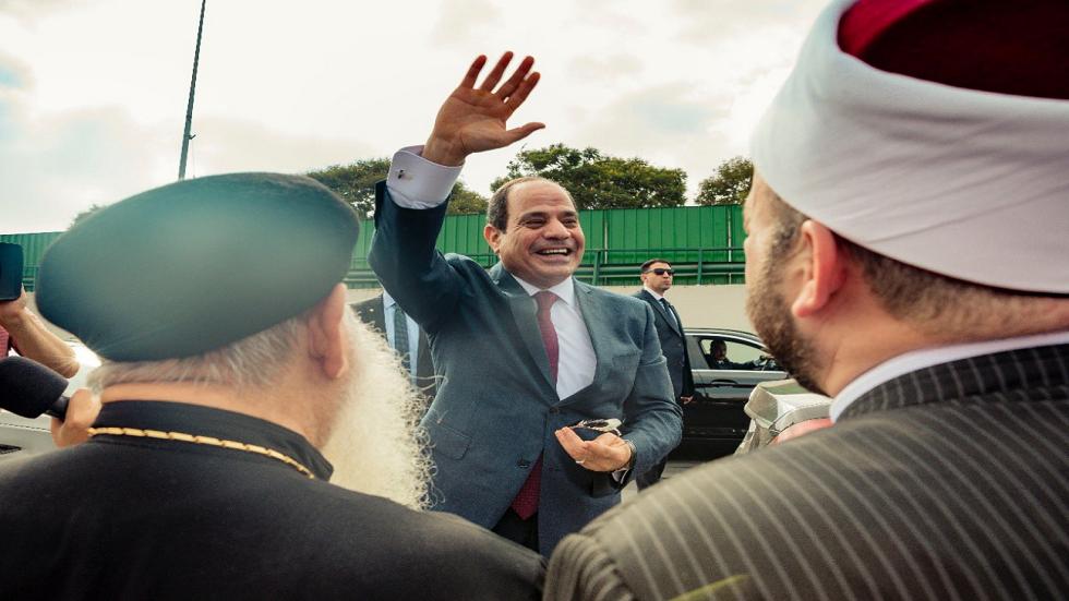 الرئيس المصري عبد الفتاح السيسي لدى عودته من نيويورك