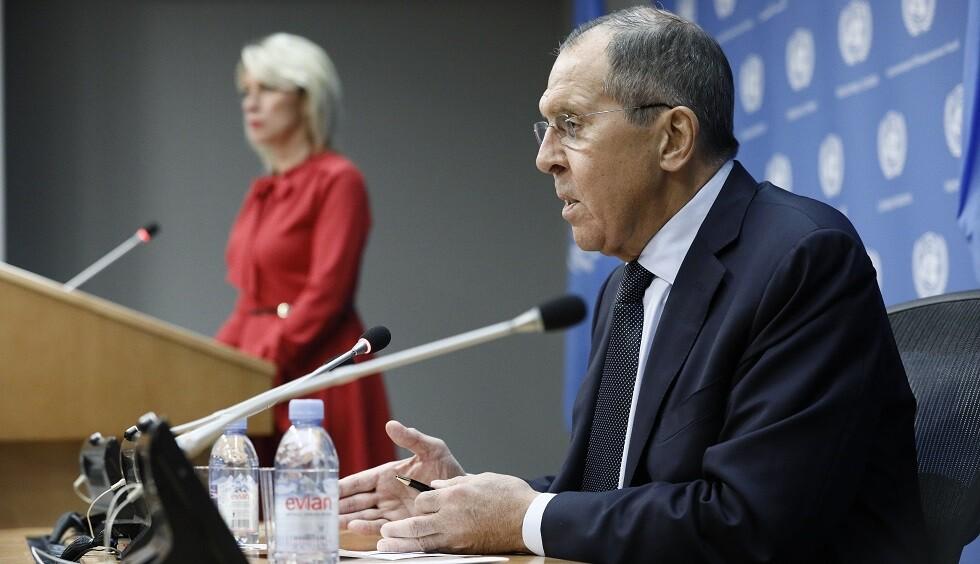 لافروف: لولا التدخلات الخارجية لتشكلت اللجنة الدستورية السورية في العام الماضي