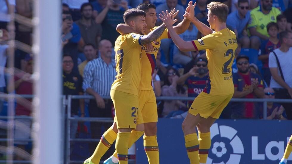 برشلونة يصعد لوصافة
