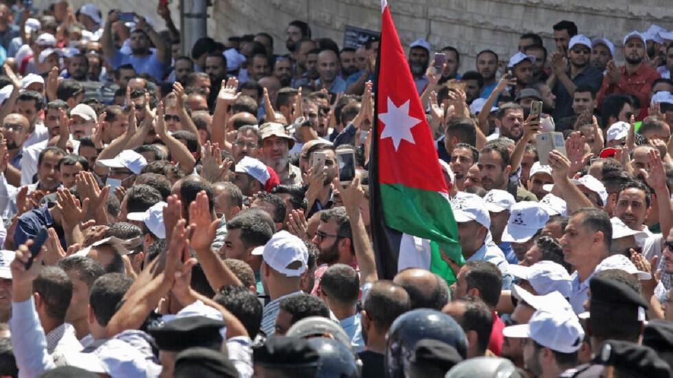 احتجاجات المعلمين الأردنيين في العاصمة عمان (صورة أرشيفية)