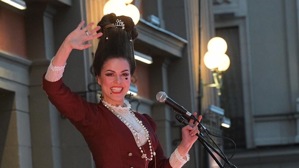 مغنية مثيرة للجدل: سأقدم عرضا لمالك سبارتاك موسكو لن يستطيع رفضه