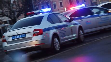 الداخلية الروسية: رجل شرطة يفتح النار على زملائه بموسكو ويقتل واحدا